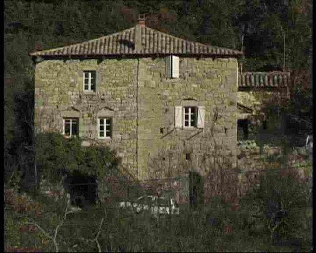 Location maison asperjoc ardeche for Ardeche location maison